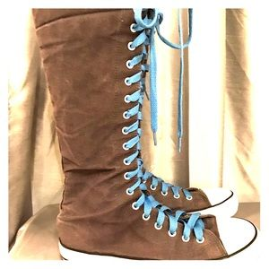 Knee High Sneakers size 8